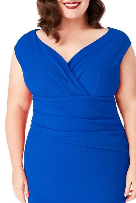 Enkel och snygg klänning